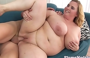 Massivetit ssbbw gets spoon fucked after bj