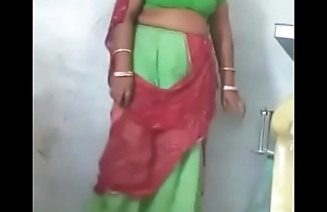 Rajasthani Sexy aunty Showing her Pussy