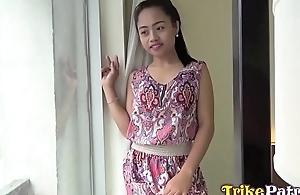 Jovial filipina milf with cute mousy voice barebacked in Angeles City hotel