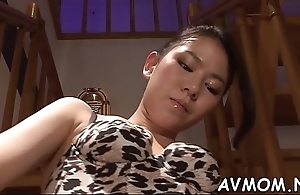 Oriental milf pussy poung act