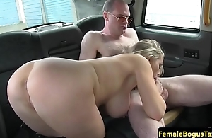 Bigtitted cabbie jerking backseat customer